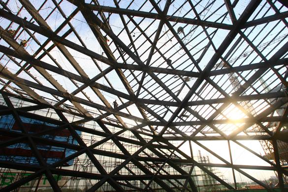 广州歌剧院现雏行 钢结构复杂程度堪比鸟巢[图]