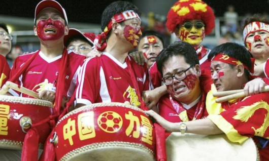球迷点赞足改:泪流满面 中国足球春天在招手-球