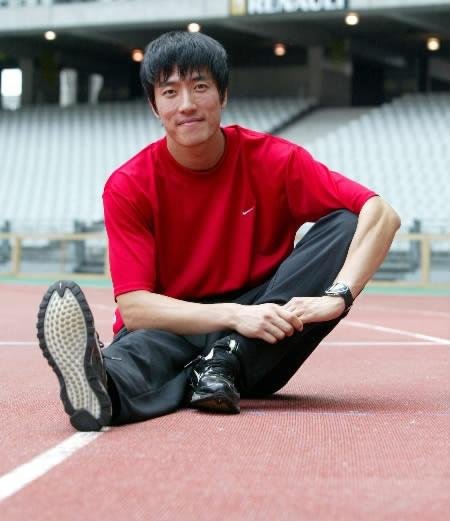 记者眼中的刘翔:被过分保护 奥运退赛后他变了