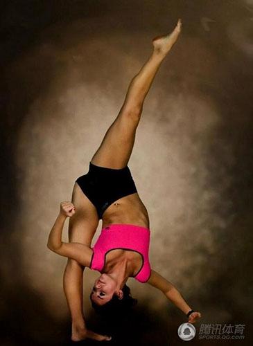 365美女人体艺术_作为杂技家族中一个传统项目,被誉为\
