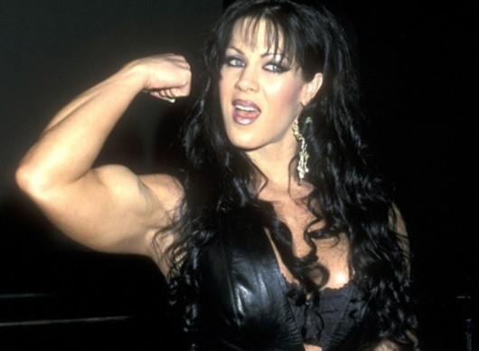 &nbsp&nbsp&nbsp&nbsp网易体育4月22日报道: &nbsp&nbsp&nbsp&nbsp北京时间4月22日,据美国TMZ网站报道,前WWE摔跤手星希娜已经被证实死亡,年仅46岁。 她原名Joanie Laurer,拥有演员、职业摔角手、保镖等多重身份,曾获得IWF(国际摔角联盟)等比赛冠军。2004年-2013年,她还涉足色情业,后来她还去日本教过英语。 &nbsp&nbsp&nbsp&nbsp &nbsp&nbsp&nbsp&nbsp希娜1969年12月27日出生于西班牙,后来她到美国
