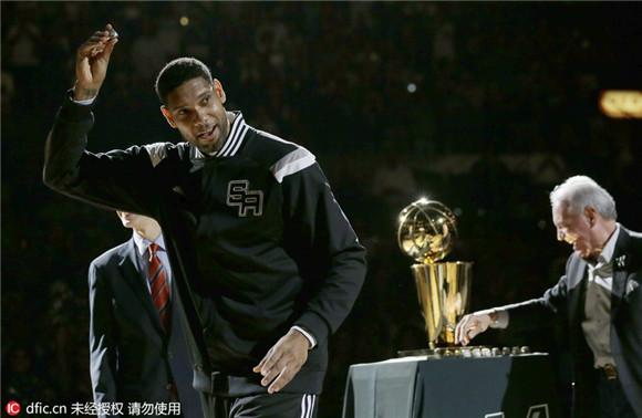 邓肯退役NBA辉煌时代告一段落 盘点96、97选