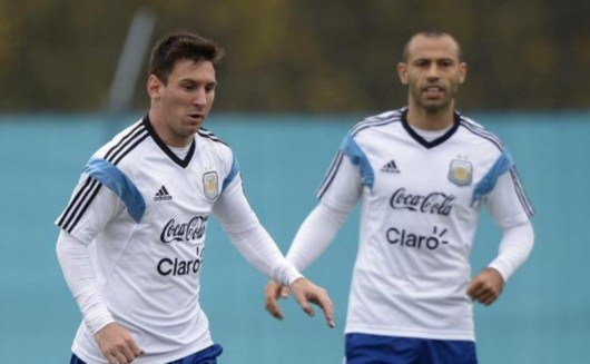 阿根廷主帅:梅西还是队长 伊瓜因?我会关注他