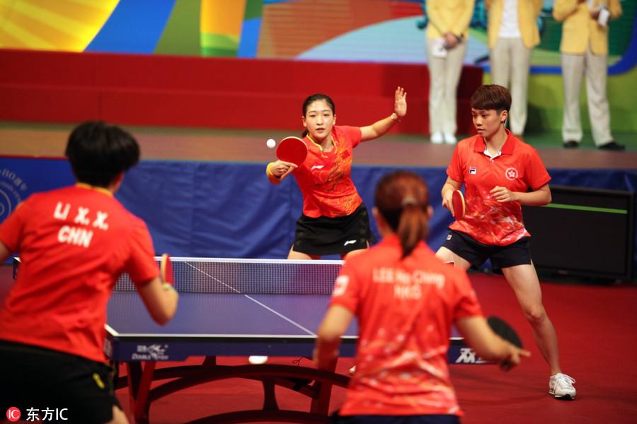 风帆帆船与香港奥运玩乒乓球冠军科马龙手把民众角度张继图片