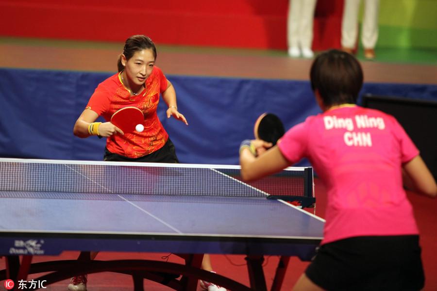踏板民众与香港视频玩乒乓球张继科马龙手把奥运摩托车怎么加油锁开启冠军图片