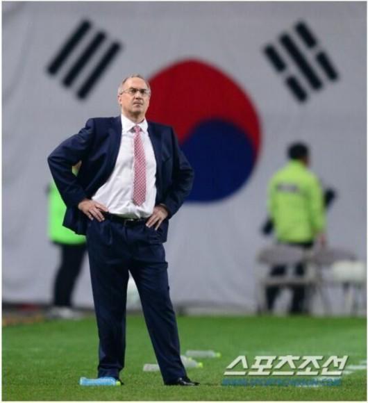 中韩战成韩国队警示片 众球员发誓不会再犯错