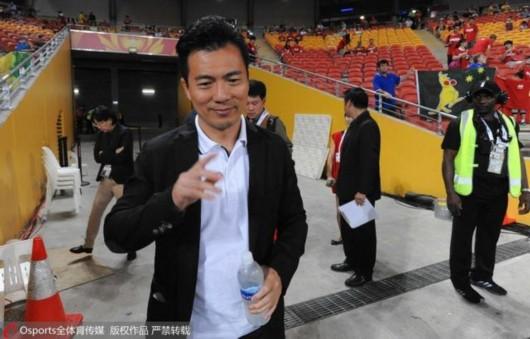 黄健翔:国足缺乏大赛经验 出线主场要拿12分