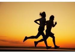 怎样控制跑步过程中的节奏感?核心力量是关键