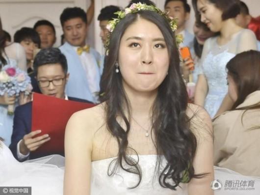 叶诗文祝焦刘洋大婚:要一直幸福 照顾好自己