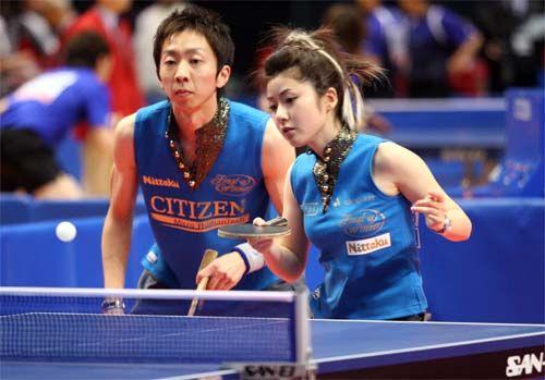 日本乒球美女赛场炫个性 球服尽显时尚性感[图