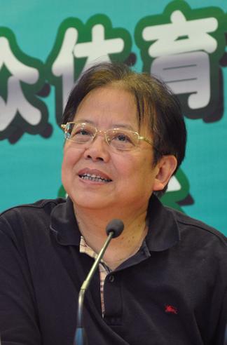 象棋特级大师胡荣华受邀担任赛事总裁判长