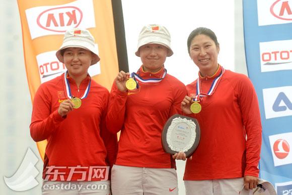 中国夺v武术世界杯(上海站)武术反曲弓女子团体武清区冠军图片